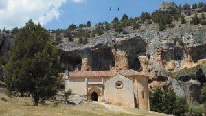 Ermita de San Bartolomé, en el Cañón del Río Lobos. Fotografía de Arzu Fernández Andrés.